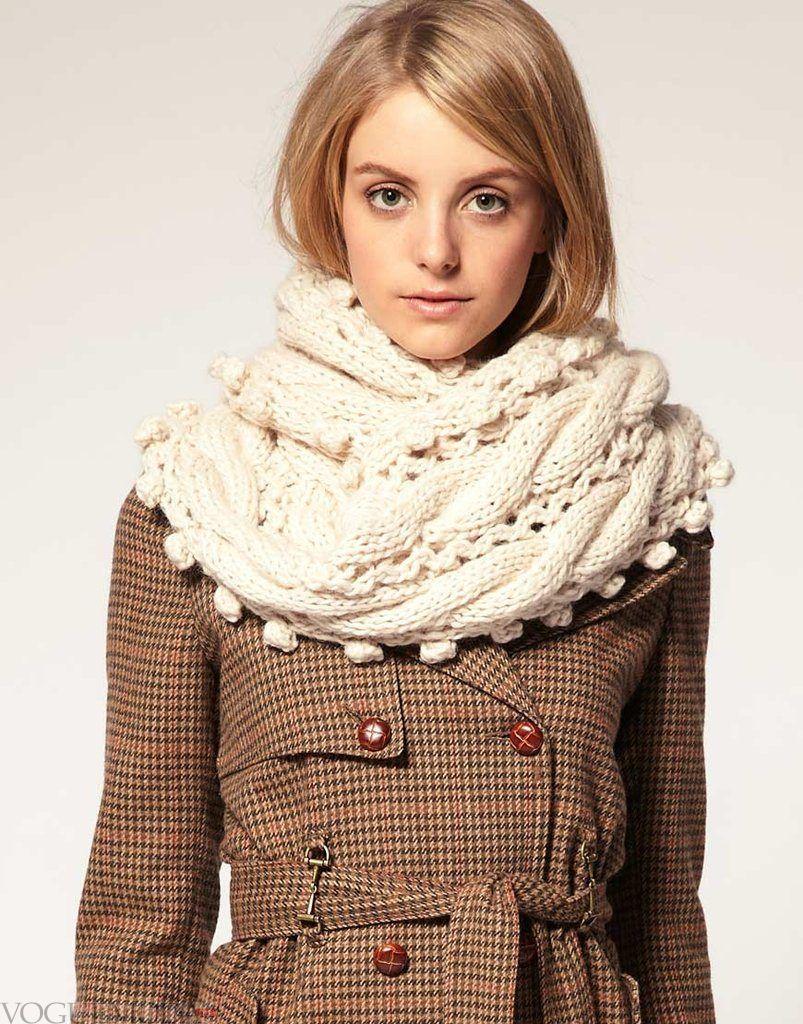 шарф-хомут с декором