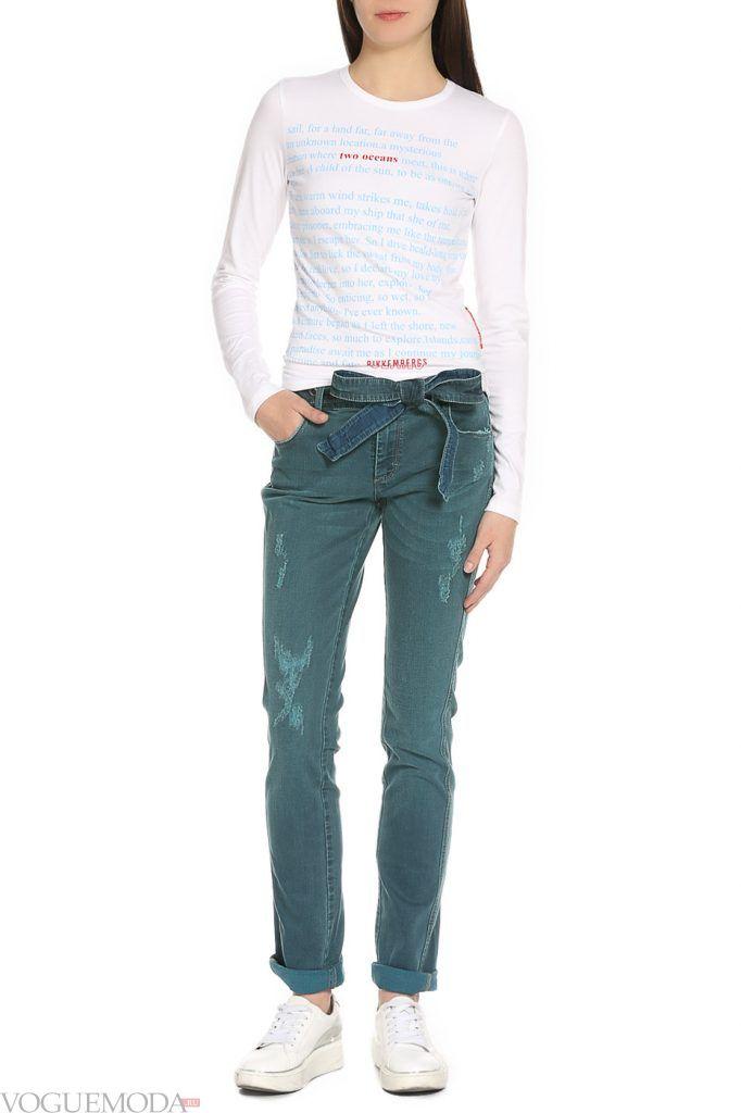 лук осень зима с джинсами с бантом
