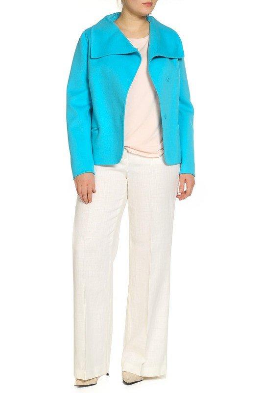 модное пальто для полных голубое
