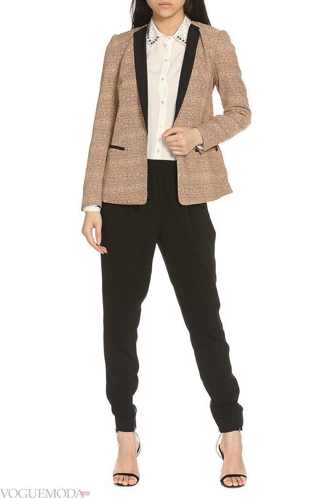каждодневный образ с коричневым пиджаком