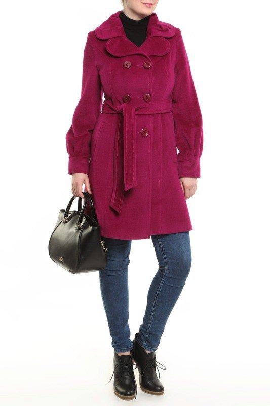 каждодневный образ с розовым пальто