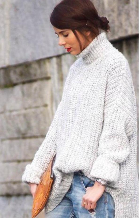 свитер оверсайз светлый