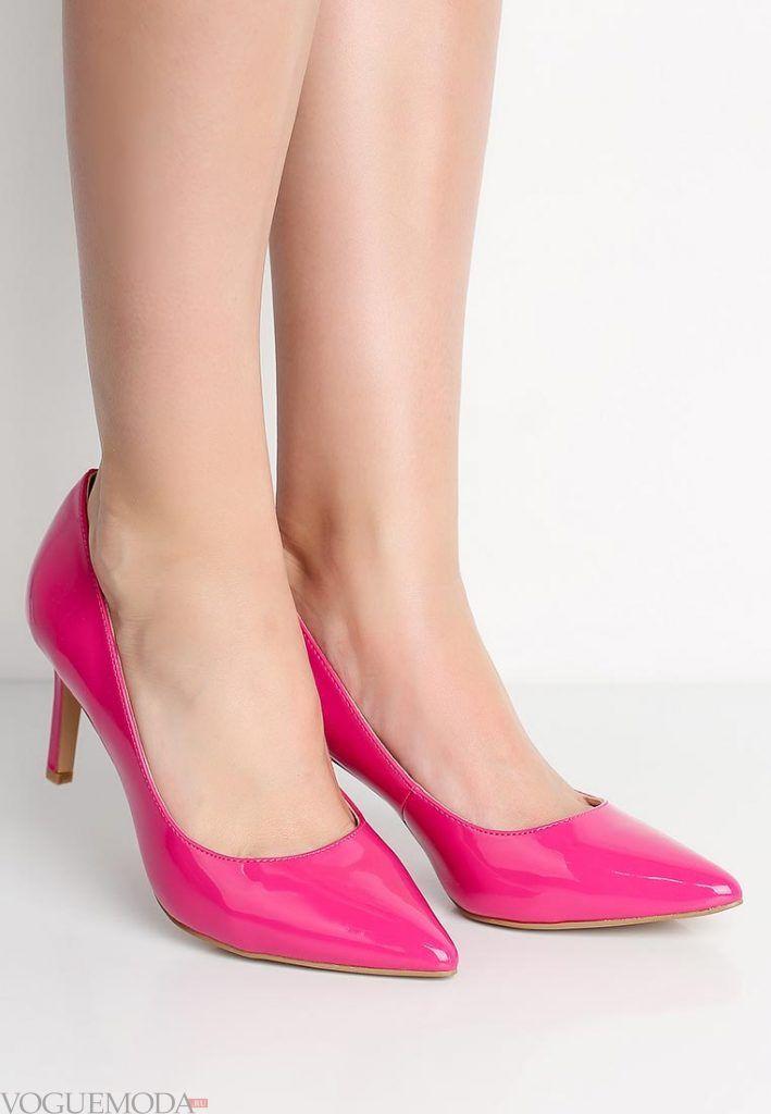 туфли на низком каблуке розовые
