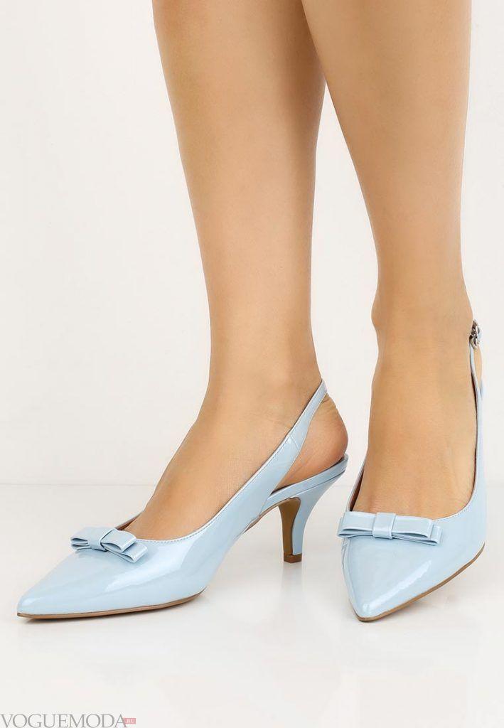 туфли на низком каблуке голубые