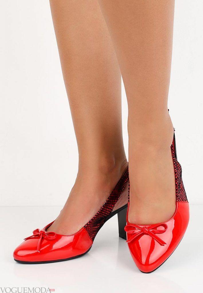 туфли на низком каблуке с бантиком