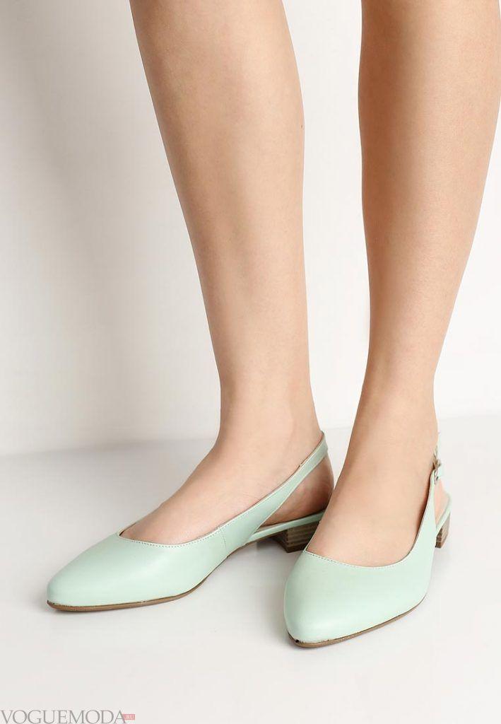 туфли на низком каблуке мятные