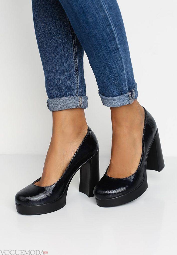 туфли на толстом каблуке темные