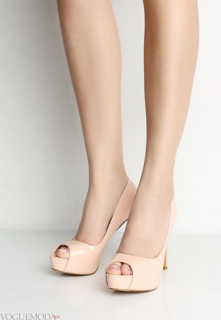 туфли с открытым носком бежевые на каблуке