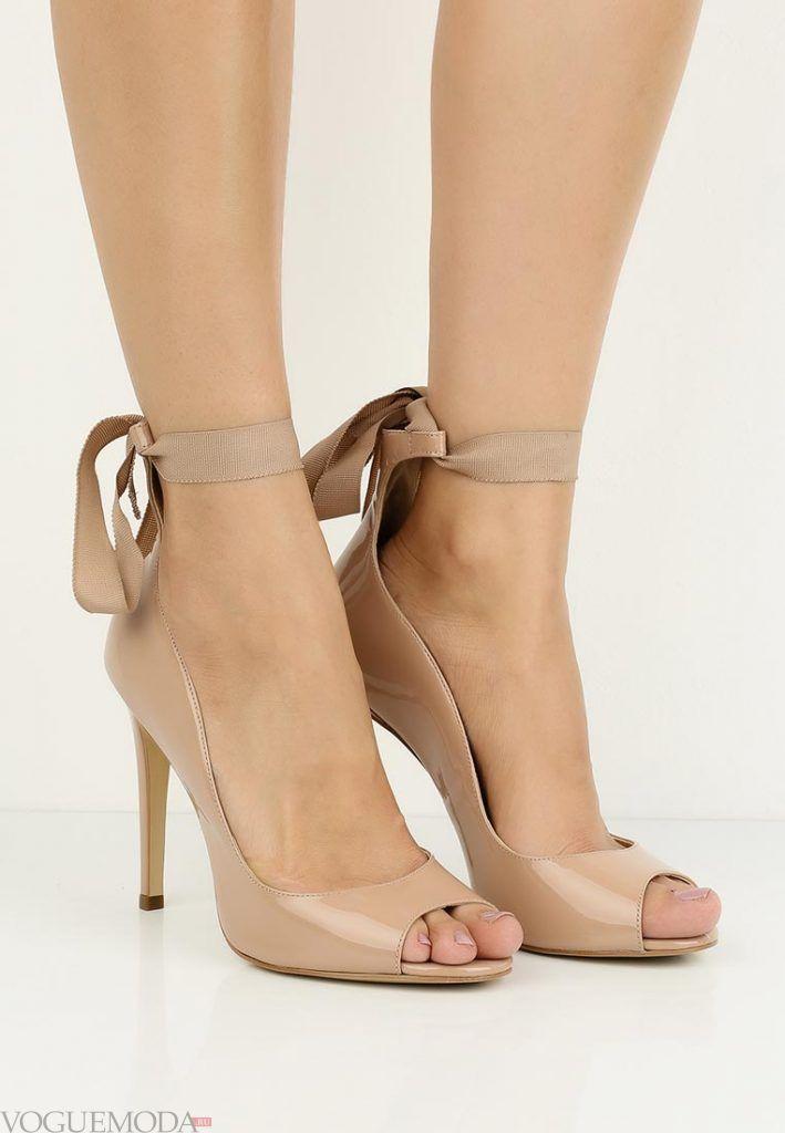 туфли с открытым носком с бантом на каблуке