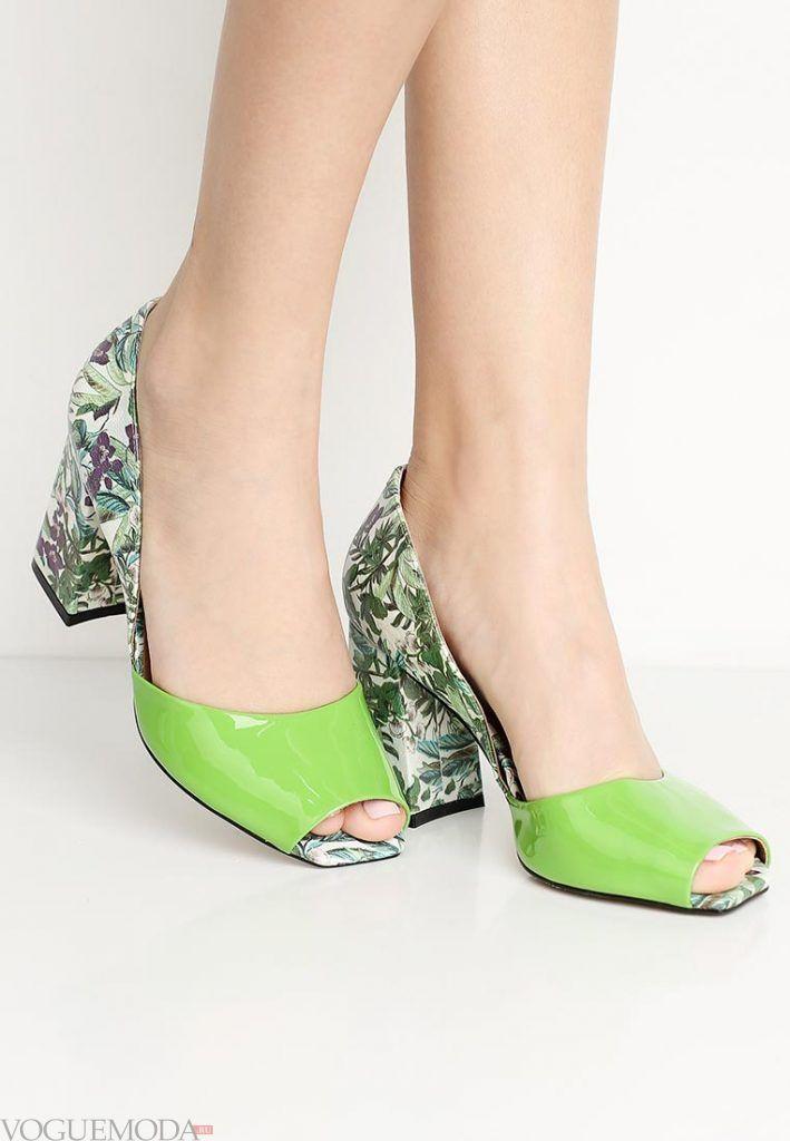 туфли с открытым носком зеленые на каблуке