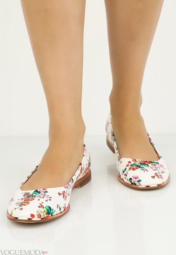 туфли балетки с узором без каблука