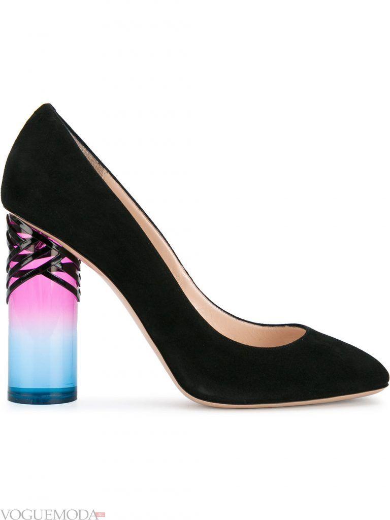 туфли со скульптурным каблуком замшевые