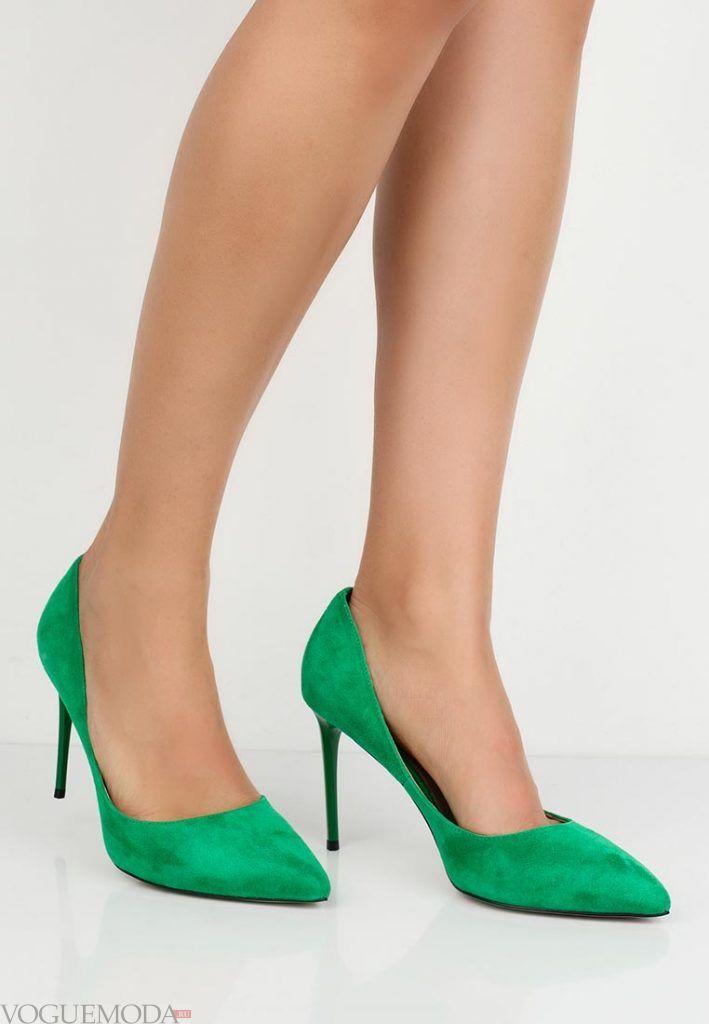 модные туфли зеленые на шпильке