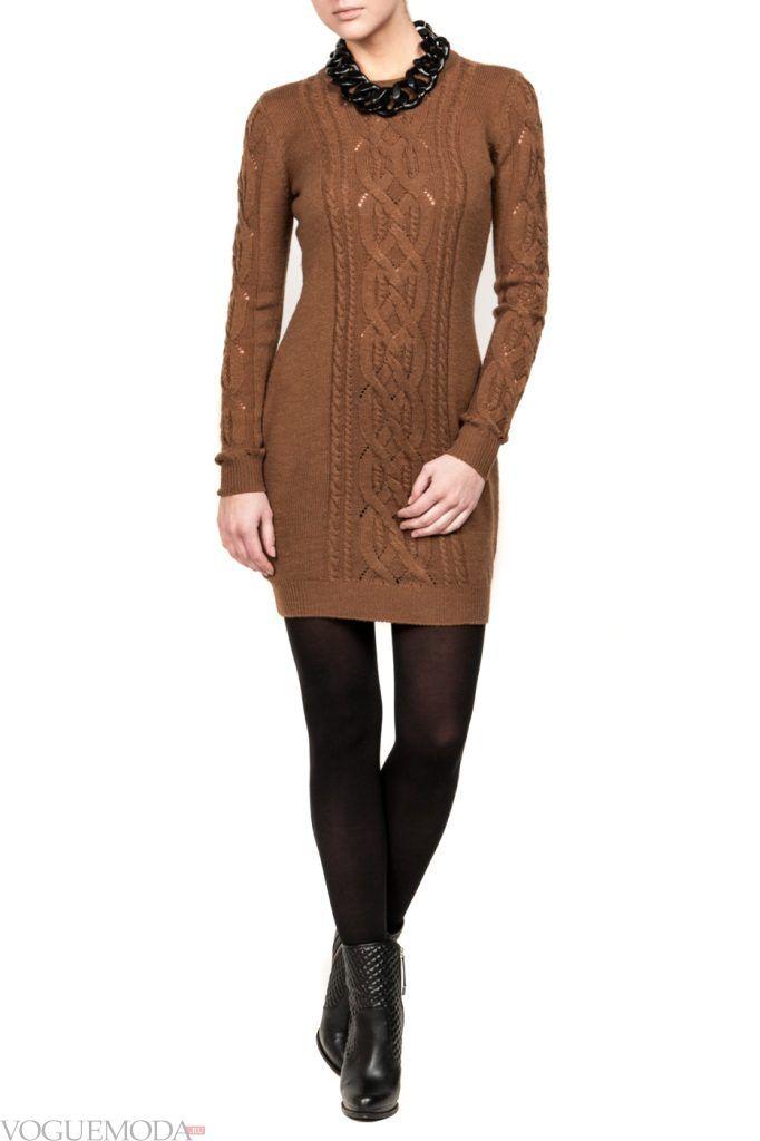вязаное коричневое платье новинка