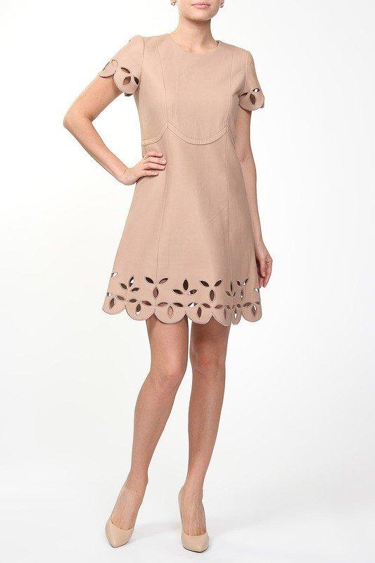 кожаное нюдовое платье
