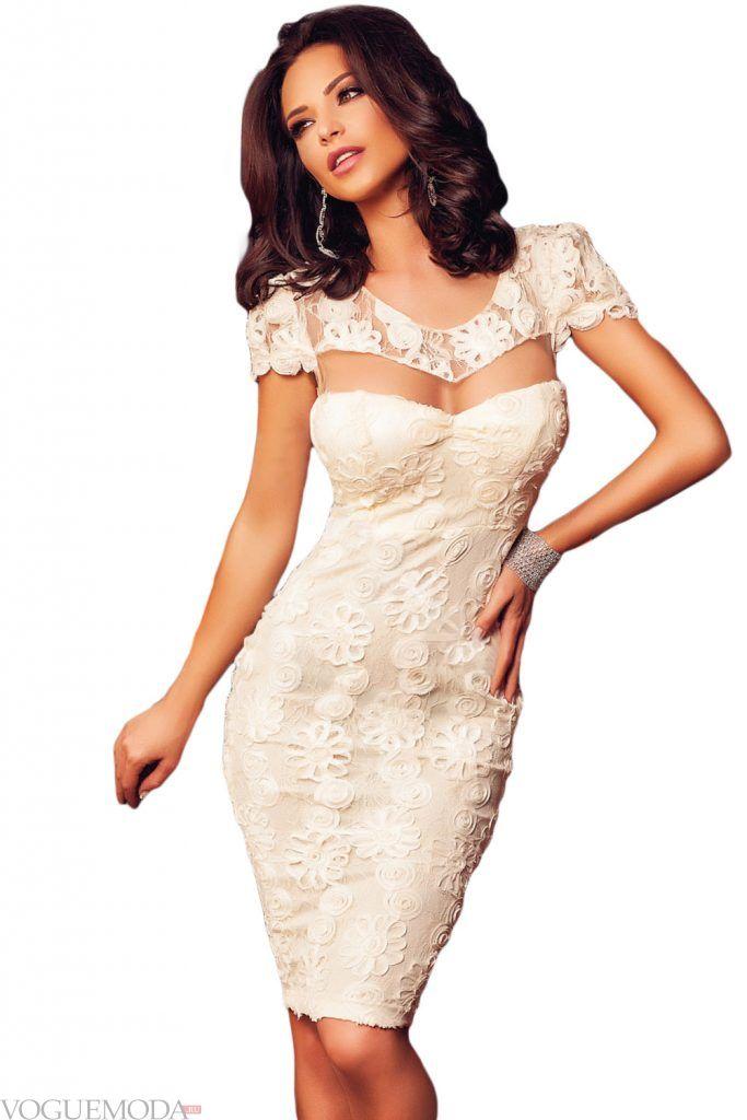 коктейльное выпускное платье светлое