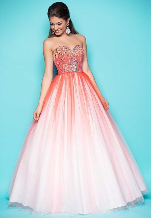 длинное выпускное платье яркое