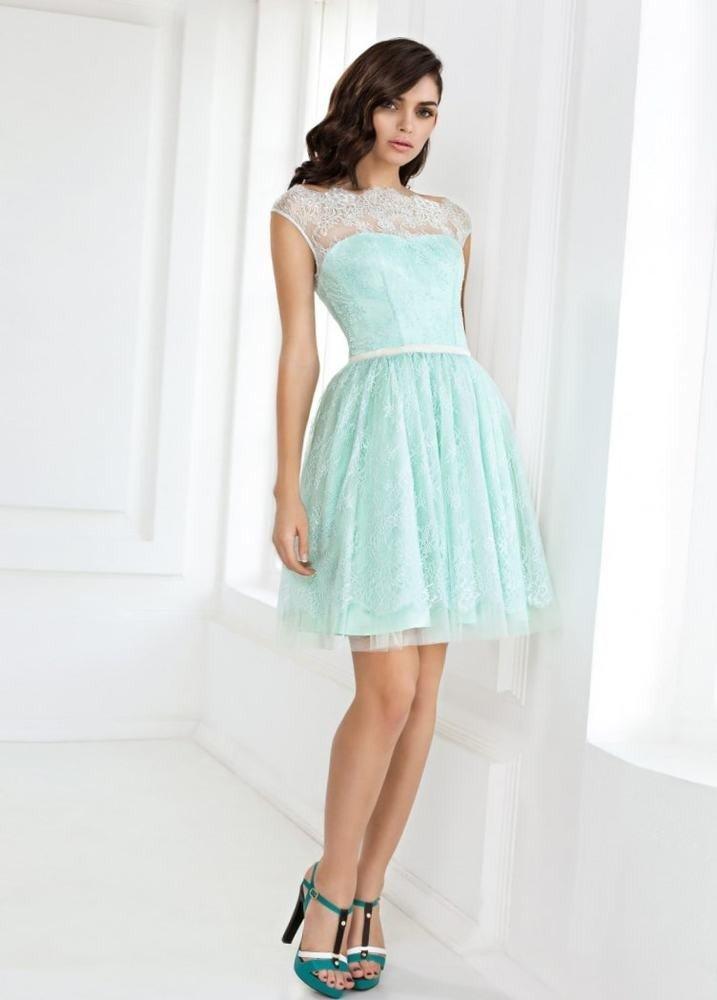 короткое платье на выпускной голубок