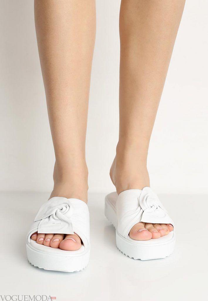 пляжная обувь белая