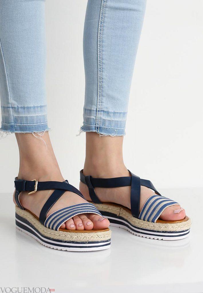 пляжная обувь в полоску