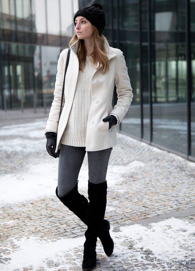 зимние ботфорты без каблука черные