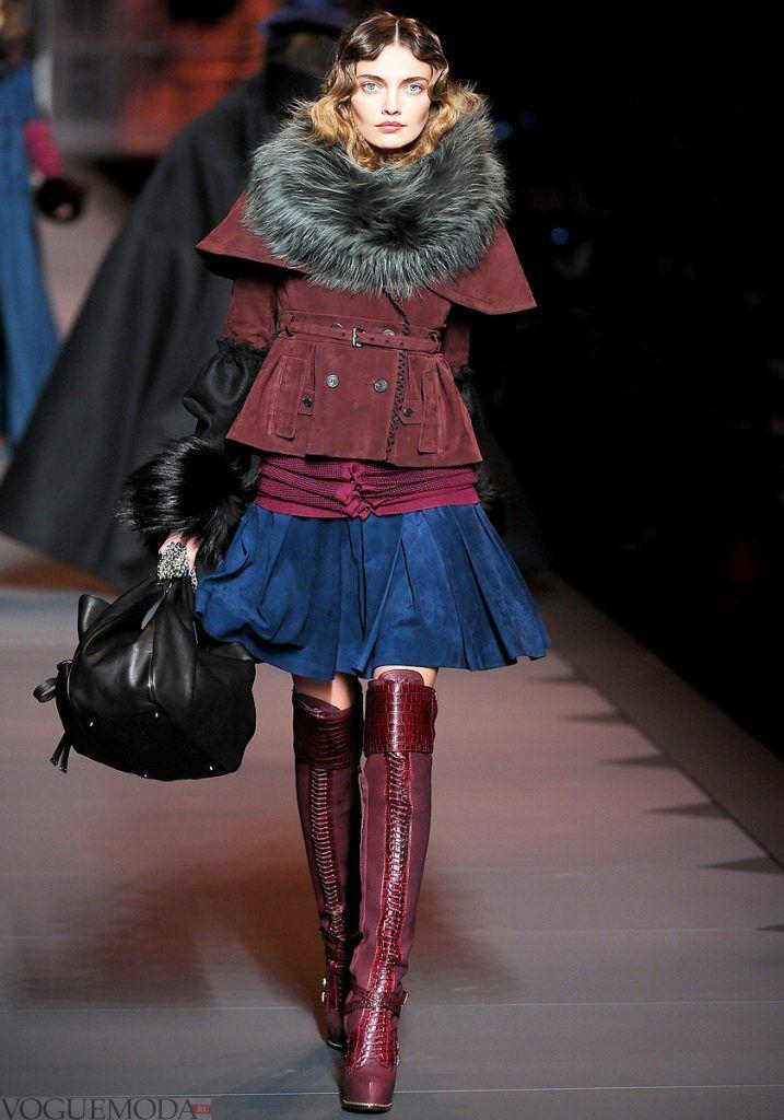 лук с зимними бордовыми ботфортами