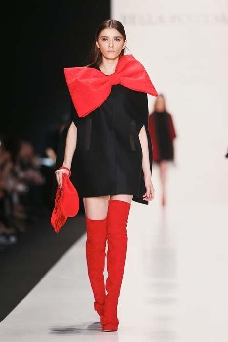 зимние ботфорты-чулки красные