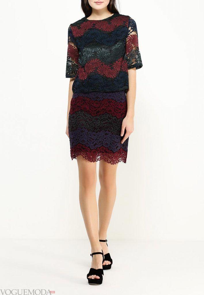 короткая гипюровая юбка разноцветная