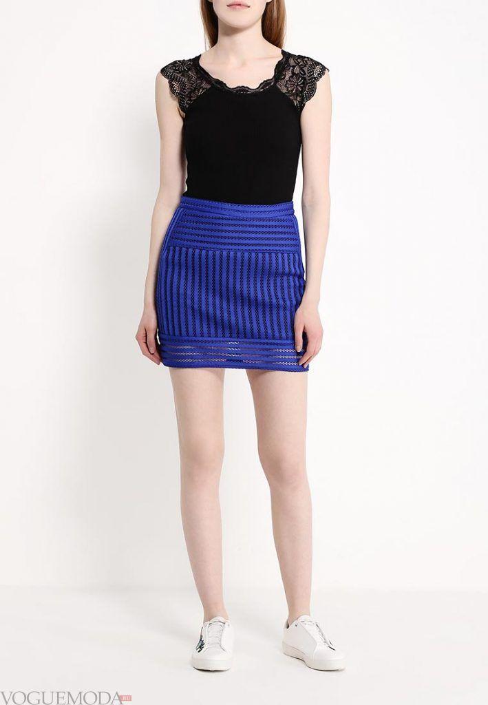 короткая гипюровая юбка яркая