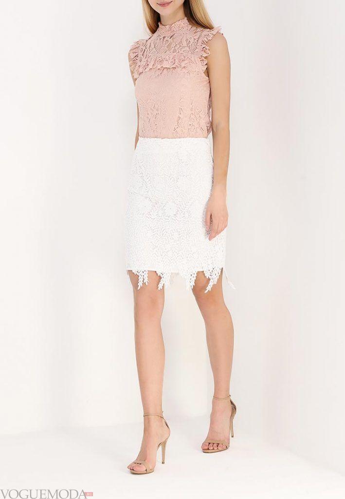 короткая гипюровая юбка белая