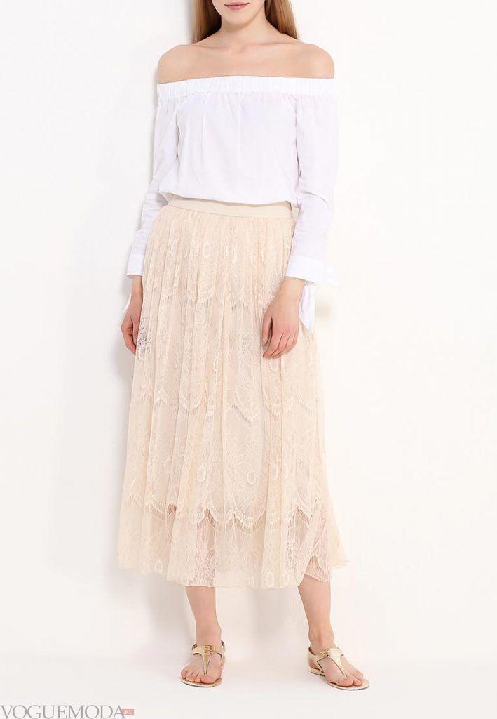 длинная гипюровая юбка нюдовая