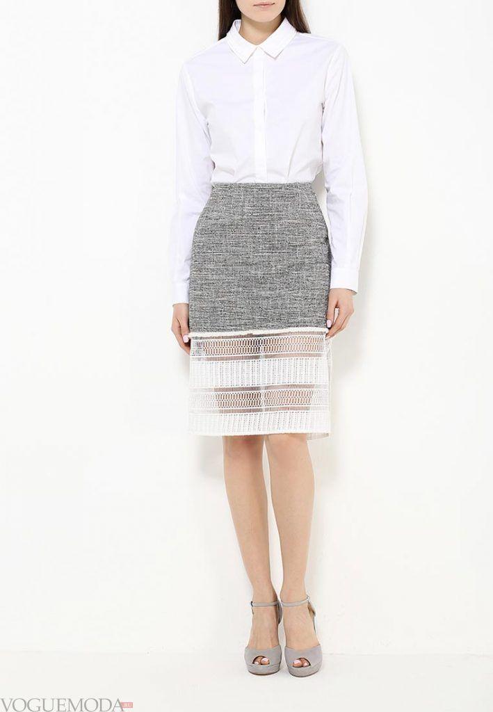 юбка с гипюровыми вставками серая