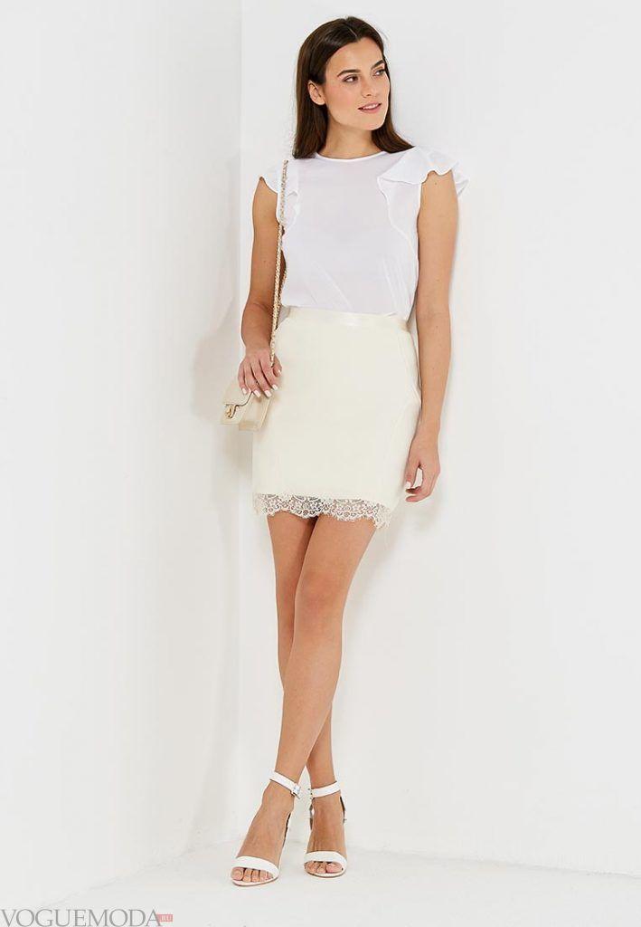 юбка с гипюровыми вставками белая