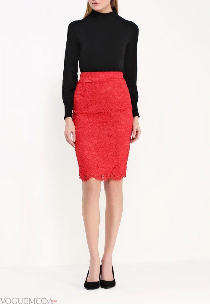 гипюровая юбка красная