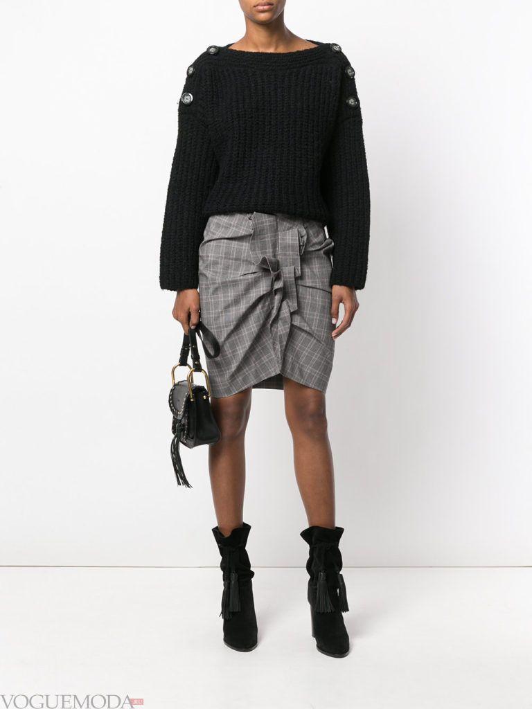 с чем носить серую юбку: со сборкой