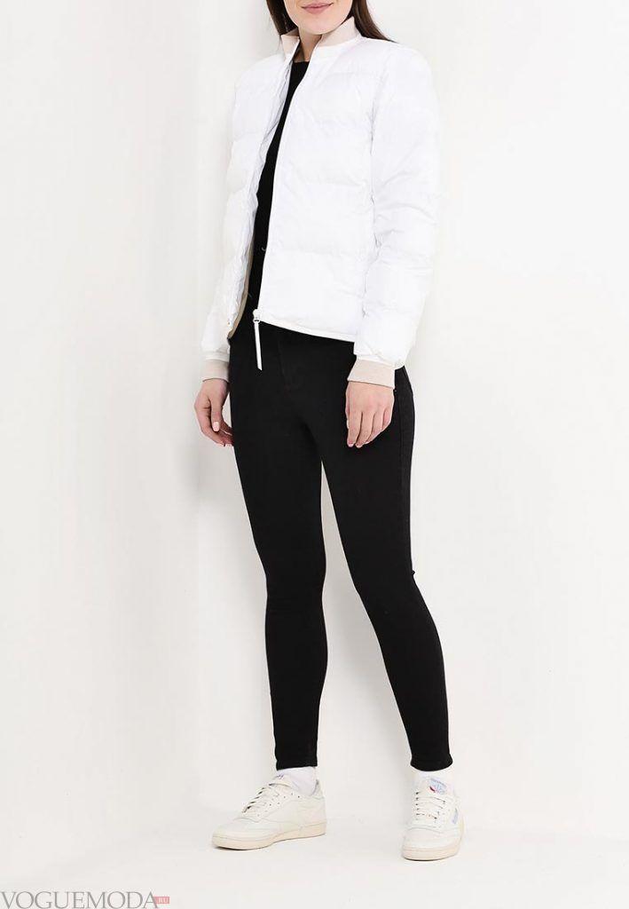 спортивная куртка белая