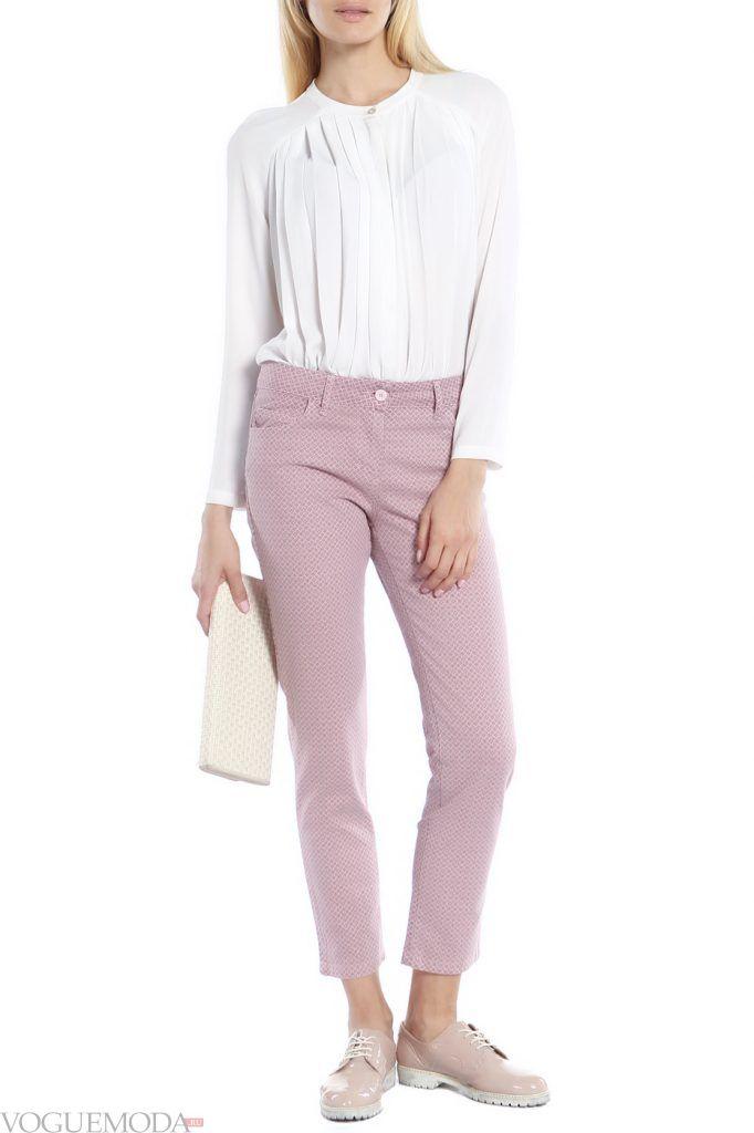 стильные брюки нюдовые
