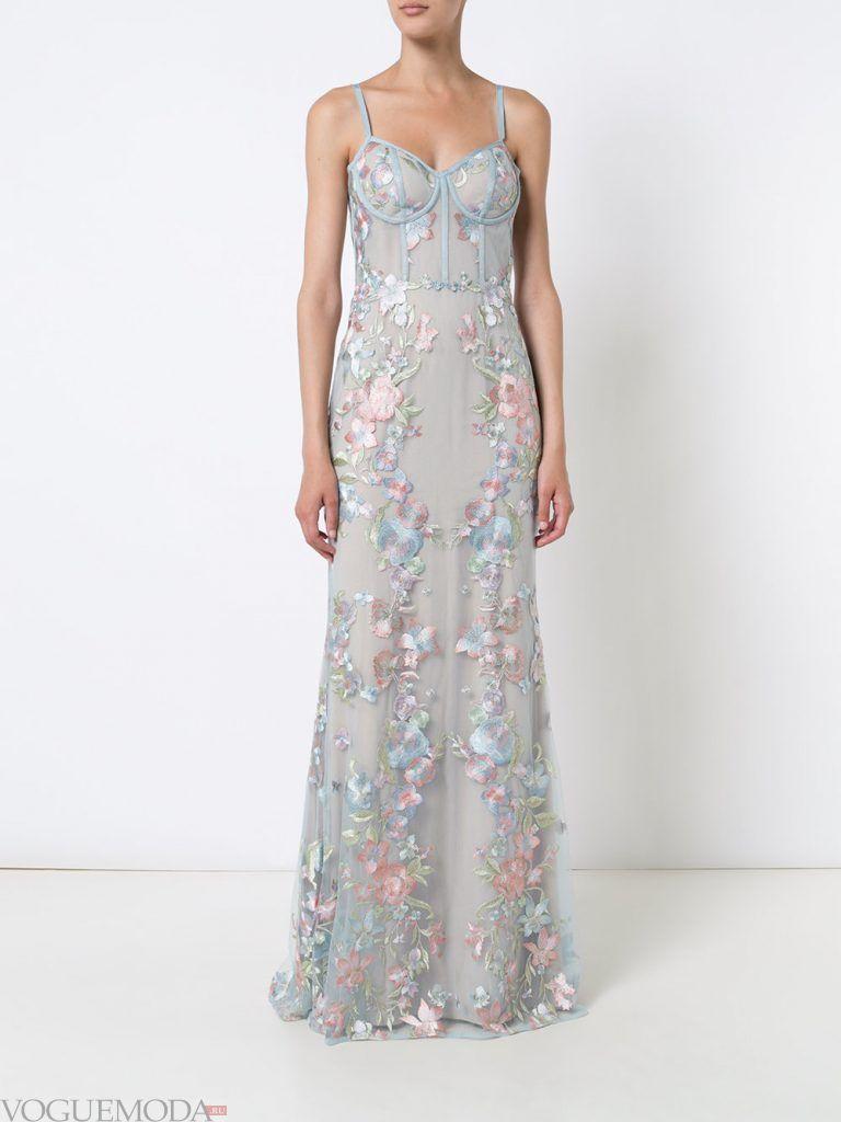 длинное выпускное платье бюстье светлое