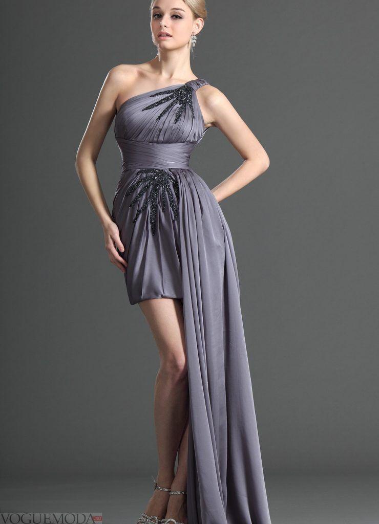 короткое выпускное платье со шлейфом серое
