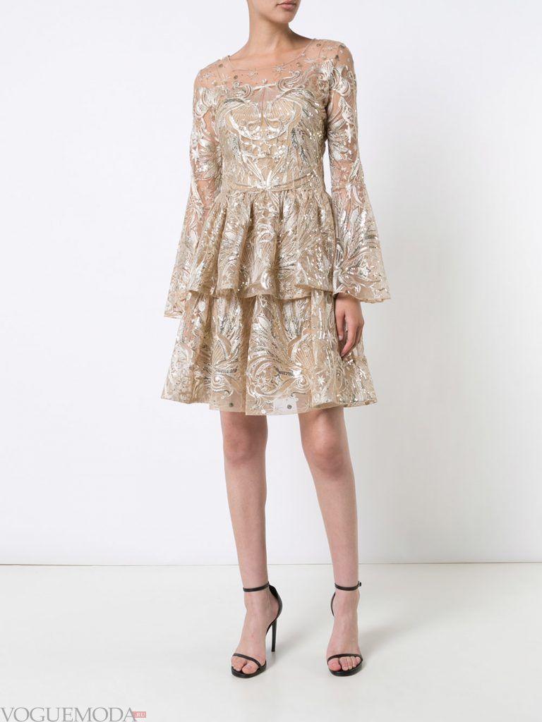 короткое выпускное пышное платье светлое