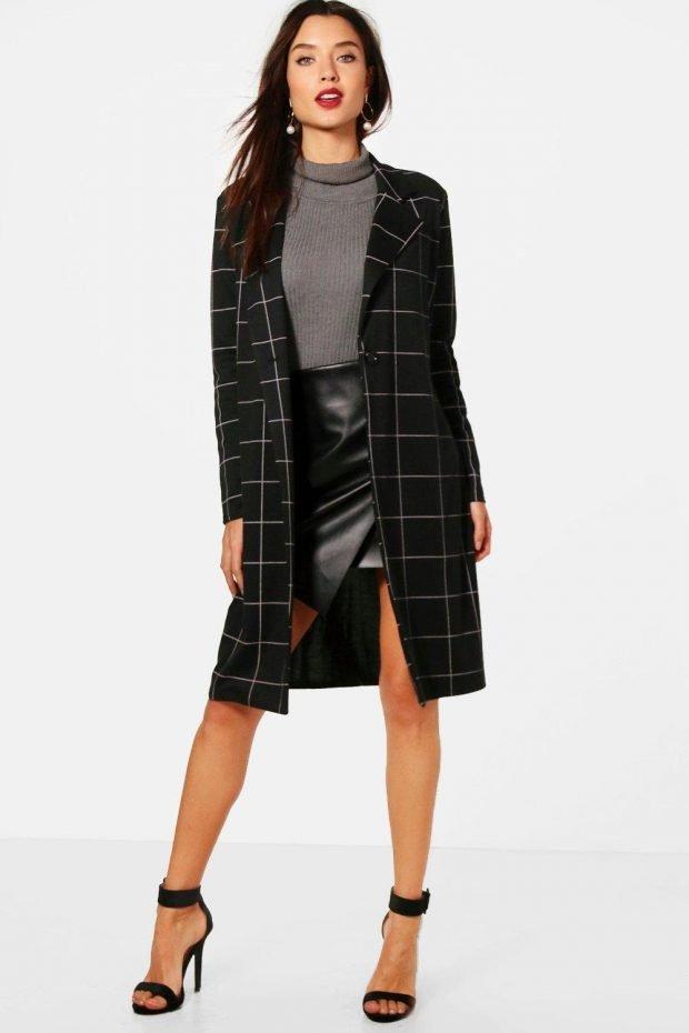 Верхняя одежда осень зима 2019 2020: черное пальто клетка