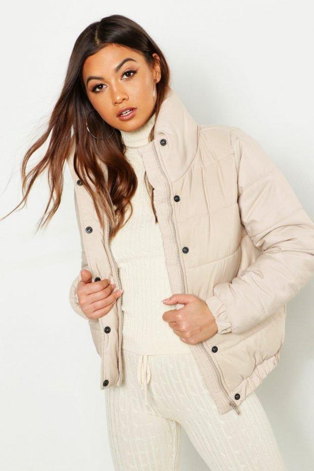 Верхняя одежда осень зима 2019 2020: кремовая куртка