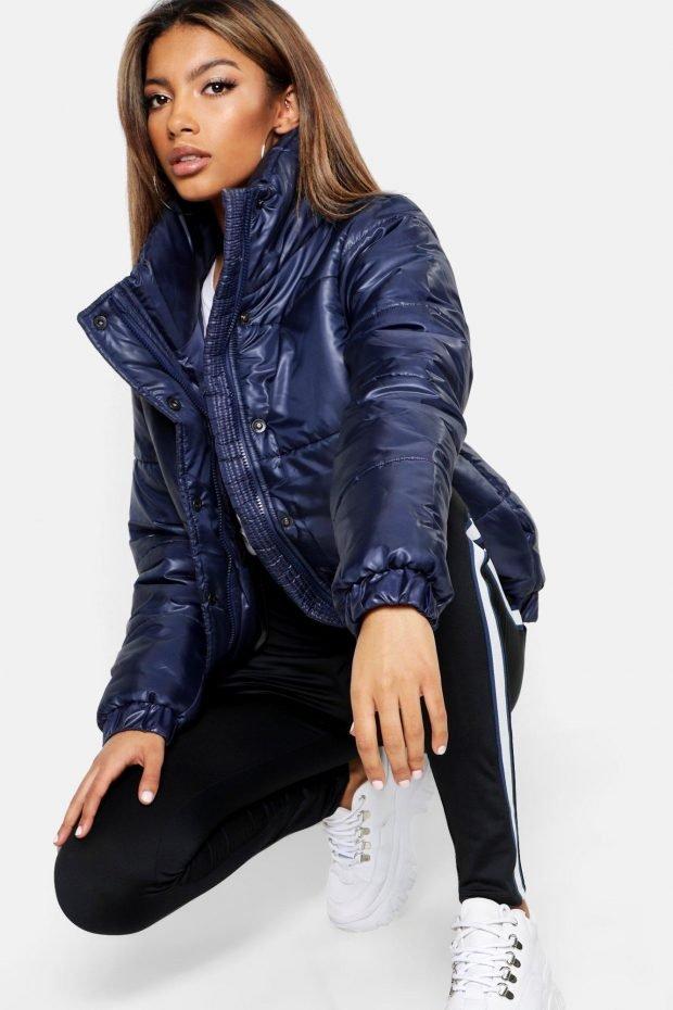 Верхняя одежда осень зима 2020 2021: синяя куртка