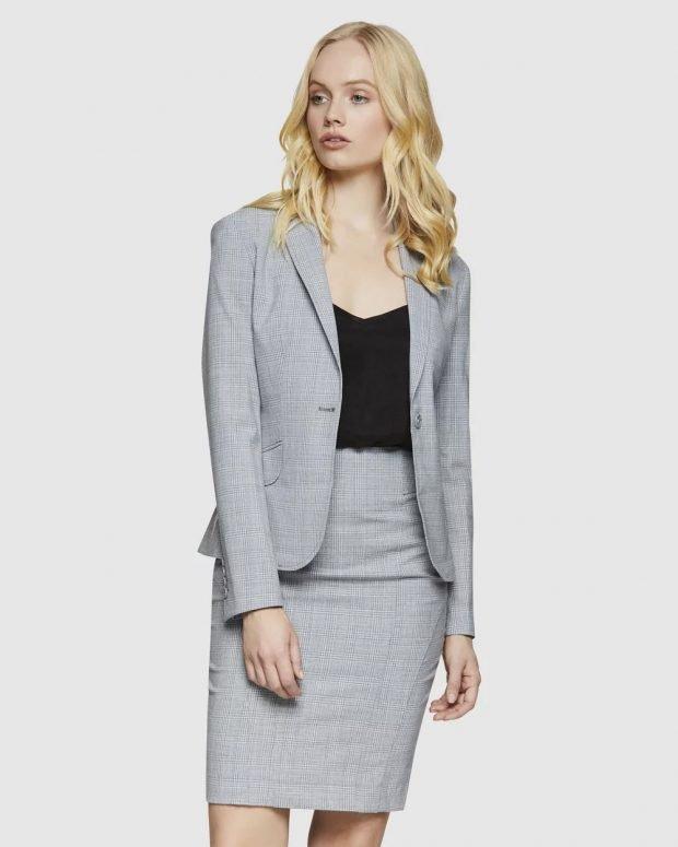 женский костюм 2019 2020: серый мелкая клетка под юбку