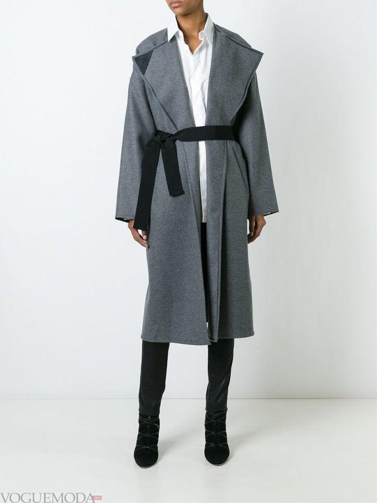 зимний лук милитари с серым пальто