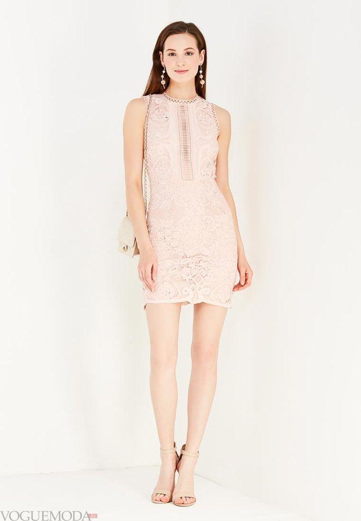 платье на день Святого Валентина розовое