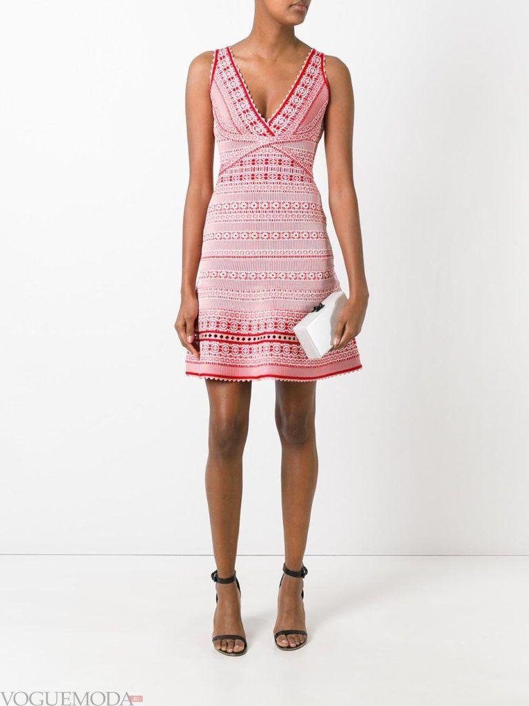 платье на день Святого Валентина вязаное
