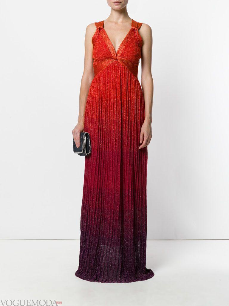 платье для новогоднего корпоратива красное