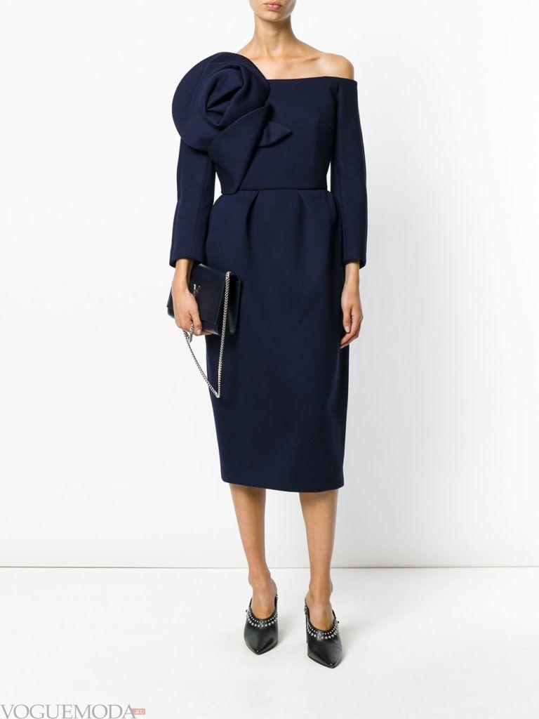 новогоднее платье для корпоратива в ресторане синее