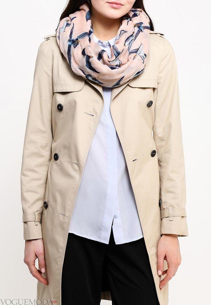 палантин с пальто светлый